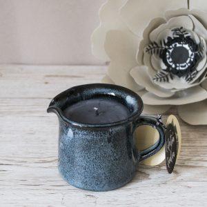 Lumânare parfumată din ceară de soia, lucrată manual în România