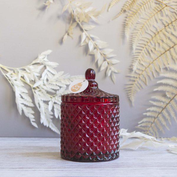 Lumânare din ceară soia cu aromă de cireșe negre în bombonieră Boem roșie